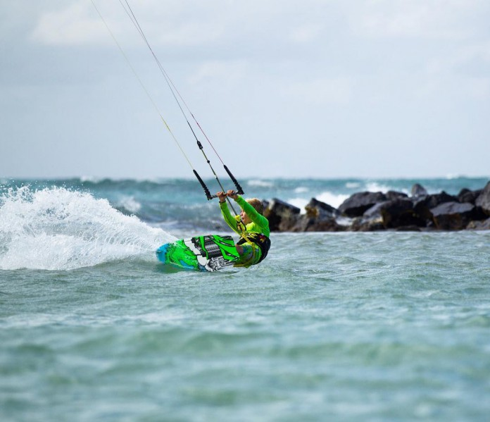 Kitesurf kite kiteboarding photo hd board aile Naish-by-Quincy-Dein