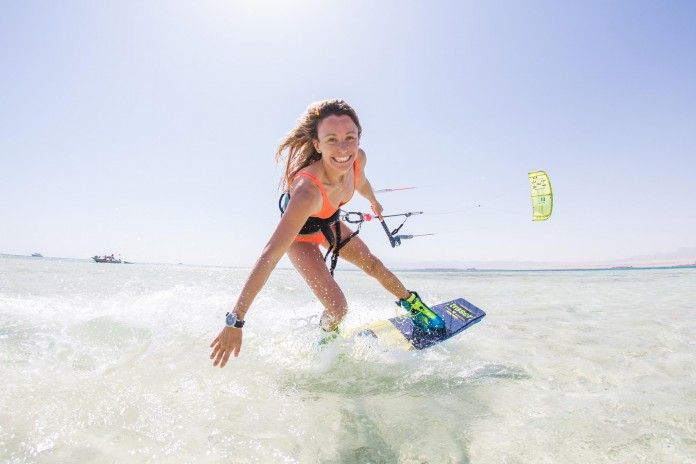 Manuela Jungo Kitesurf kite kiteboarding photo hd board aile