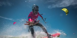 Photo du jour de kitesurf en hd Univers Kite kitesurf universkite.fr kitesurfeurs Photos 2017 gallerie de photos Kitesurfeuses Images Rideur Kitesurfeur Kitesurfeuse Kiteboarding kite surf Stephane Salvadori