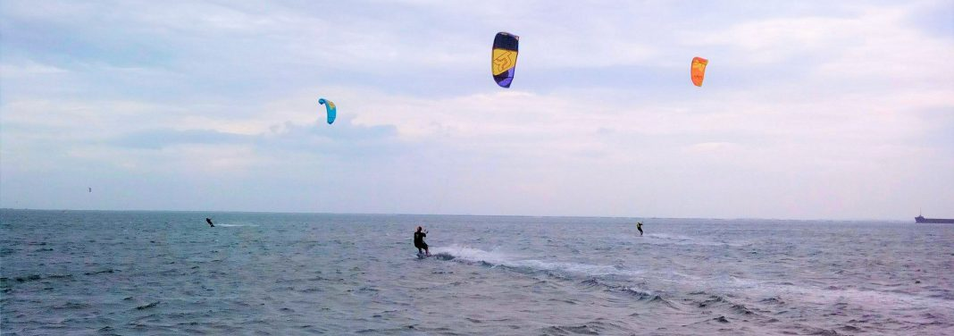 spot de kitesurf they de la gracieuse univers kite flat sud de france port saint louis du rhone